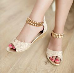 Casual Lace Flat Heels Peep Toe Shoes with Golden Chain