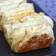 ... - Pull Apart on Pinterest | Pull apart bread, Pull apart and Breads
