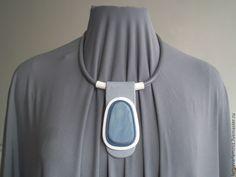 Купить Украшение ручной работы колье с азулом - серый, серо-голубой, колье, колье с камнем