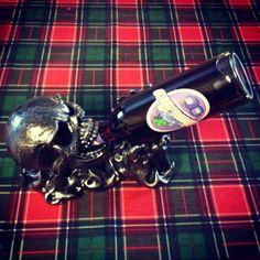 Chugging skull bottle holder