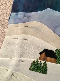 Fabric Painting, Fabric Art, Quilting Projects, Quilting Designs, Quilting Ideas, Skier, Landscape Art Quilts, Fabric Postcards, Applique Quilts