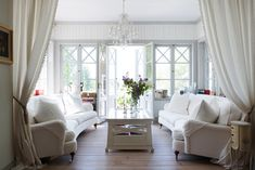 Fiskar Karlssons väg 4 - Ingarö - ESNY Decor, Living Room, Interior, Home Decor, Kitchen Dining, Inspiration, Scandinavian Interior Design, Scandinavian, Interior Design