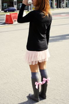 GUMMIE wellies <3 With sweet bows! OOTD www.gummiestore.com Tulle, Ballet Skirt, Ootd, Sweet, Skirts, Fashion, Candy, Moda, Skirt