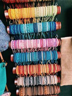 Fashion Anklets Bracelets - Add flare to your style, express your creativity Summer Bracelets, Cute Bracelets, Bracelets For Men, Beaded Bracelets, String Bracelets, Embroidery Bracelets, Necklaces, Cute Jewelry, Diy Jewelry