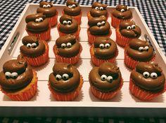 Homemade drollen cupcakes Mini Cupcakes, Desserts, Food, Tailgate Desserts, Deserts, Essen, Postres, Meals, Dessert