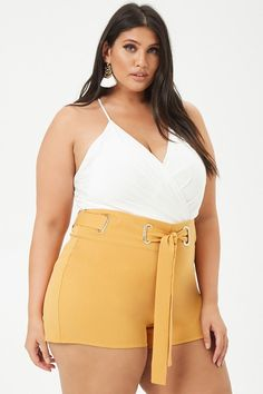 Plus Size Belted Shorts Looks Plus Size, Curvy Plus Size, Plus Size Women, Curvy Women Outfits, Outfits Plus Size, Fall Fashion Outfits, Look Fashion, Curvy Women Fashion, Plus Size Fashion