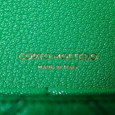 Details / corto moltedo / made in italy