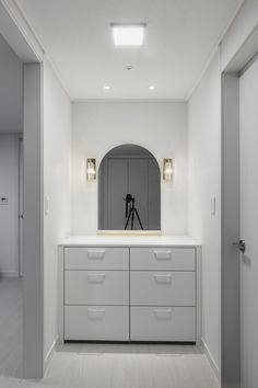 전주 에코시티 자이 인테리어 - 40평대 아파트인테리어 Scandinavian Home, Downlights, Dressing Room, Powder Room, Console, Living Spaces, Sweet Home, Interior, House