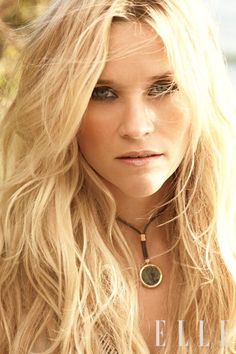 blonde hair-blonde highlights-blonde balayage-blonde haircolor-blonde- golden blonde- beach hair- middle part- celebrity hair- reese witherspoon- yellow blonde Blonde Balayage, Blonde Highlights, Beach Highlights, Wavy Hair, Her Hair, Blonde Hair, Messy Hair, Soft Hair, Beachy Hair