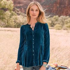 BREANNA BLOUSE - This drapey, velvet blouse is oh-so-soft to the touch with a flattering, easy shape. Flirty peplum hem, cutaway neckline and shell buttons.