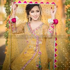 Ideas For Embroidery Designs Fashion Indian India Pakistani Mehndi Dress, Bridal Mehndi Dresses, Asian Wedding Dress, Pakistani Wedding Outfits, Bridal Dress Design, Pakistani Bridal Dresses, Pakistani Wedding Dresses, Bridal Outfits, Wedding Gowns