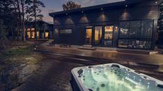 Willa Aawa - Koti meren rannalla - Kannustalo Dream Home Design, House Design, Modern Farmhouse Exterior, Future House, Yard, Cabin, Contemporary, Outdoor Decor, House Ideas
