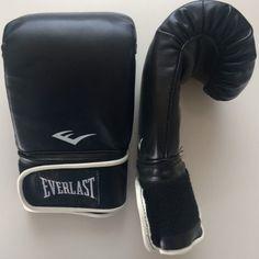 MMA Handschuhe Us Army, Fitness, Sweatpants, Shopping, Fashion, Moda, La Mode, Sweat Pants, Fasion