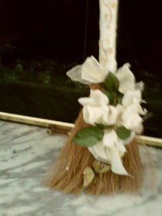 Cream & Gold Broom