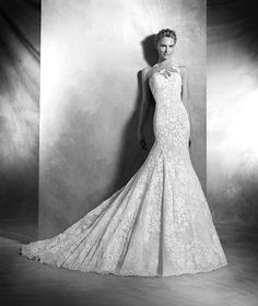 Carezza, vestido de novia estilo sirena, escote corazón, estilo romántica