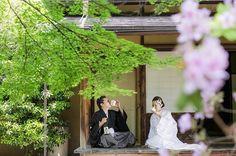 2016.5.8 #1年前を振り返る 2015年のきょうは和装前撮りの日 この日も暑かったけど楽しくて仕方なかったなぁ✨ お酒シリーズの和装ver.は日本酒で久保田の萬壽にしてよかった、なんせシブいデス✨ #wedding#weddingphotography#weddingtbt#結婚#結婚式#結婚準備#プレ花嫁#卒花#前撮り#和装前撮り#和装#白無垢#ellepupa#kyoto#京都#日本酒#久保田#萬壽#茶室#marryアプリ掲載応募 White Dress, Wedding Dresses, Instagram Posts, Weddings, Fashion, Valentines Day Weddings, Bride Dresses, Moda, Bridal Gowns