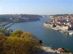 Descripción Douro River Portugal.jpg