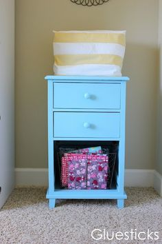 How to paint cheapy wood laminate furniture. This is a pretty good blog with some great ideas!