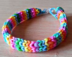 Rainbow Looms. Kayleigh kraaij