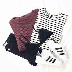 Image in 💅🏻Clothes, Hair Style, Makeup And Fashion 💅🏻 collection by Bikini Fashion, Teen Fashion, Fashion Outfits, Womens Fashion, Zooey Deschanel, Fall Outfits, Casual Outfits, Cute Outfits, Hipster