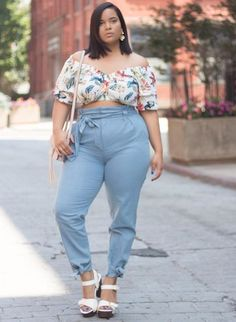 17 Casual Plus-Size Summer Fashion Ideas For Beauty Look - Womens Fashion - Fashionable Plus Size Summer Fashion, Summer Fashion Trends, Plus Size Fashion For Women, Plus Size Women, Fashion Ideas, Fashion Guide, Fashion Websites, Fashion Brands, Plus Size Tips