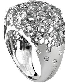 Damiani. VIA LATTEA. WHITE GOLD AND DIAMOND (ct 1.07) RING