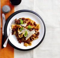The best Lamb shank ragu recipe you will ever find. Welcome to RecipesPlus, your premier destination for delicious and dreamy food inspiration. Pasta Dinner Recipes, Yummy Pasta Recipes, Lamb Recipes, Slow Cooker Recipes, Cooking Recipes, Healthy Recipes, Lamb Shank Recipe, Ragu Recipe, Recipe Box