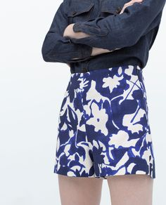 Image 6 of PRINTED SHORTS from Zara