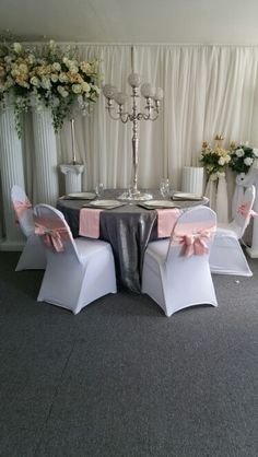 Blush Pink, Charcoal Grey and White with a touch of silver Wedding Table Setup #Wedding #BlushPinkGreyandWhite #TableSetup #WeddingCoordinator
