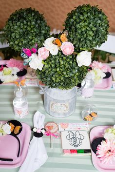 """Flutter on over and """"say cheers"""", I hear an adorable Minnie Mouse Inspired Butterfly Garden Party at Kara's Party Ideas is coming near! Minnie Mouse Theme Party, Minnie Mouse Party Decorations, Birthday Party Decorations Diy, Minnie Birthday, Mickey Mouse Cupcakes, Tea Party Birthday, Birthday Party Themes, Mickey Cakes, Mouse Cake"""