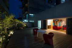 House with Podocarpus by MIFUNE DESIGN STUDIO Osaka,Japan