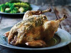 En kylling, der rigtig har brugt kroppen og har fået lov til at vokse, skal kun tilberedes helt enkelt for at give et rigtig juicy resultat.