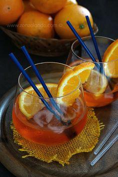 Spritz - Prosecco and aperol cocktail | From Zonzolando.com