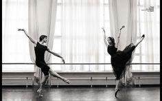 Anna Tikhomirova and Artem Ovcharenko — Bolshoi Ballet