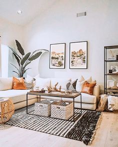 Boho Living Room, Living Room Decor, Bohemian Living, Cozy Living Rooms, Living Room With Desk, Living Room Artwork, Living Area, Gold Bedroom Decor, Small Living Room Furniture