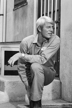 Mission Impossible Peter Graves in prison clothes Photo Mission Impossible Tv Series, Peter Graves, Prison Outfit, Spy Shows, Actor James, Vintage Television, Comedy Films, Best Actor, Old Hollywood