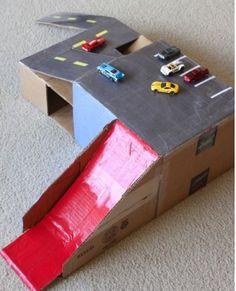 30 brinquedos para fazer com papelão   Mamãe Plugada