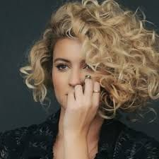 Tori Kelly, nobody love february 8th!!!! Also the main reason for this pin, fake bob curls.