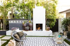25 Amazing outdoor room ideas to inspire your next outdoor remodel. This video is consists of 25 amazing design ideas for your dream outdoor room decoration . Outdoor Rooms, Outdoor Chairs, Outdoor Living, Outdoor Decor, Outdoor Stuff, Outdoor Lounge, Contemporary Outdoor Furniture, Outdoor Glider, Commercial Interior Design