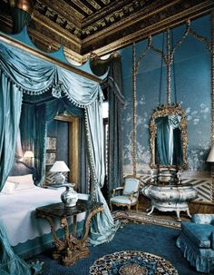 Bedroom / Dodie Rosekrans' grand palazzo - Grand Canal, Venice