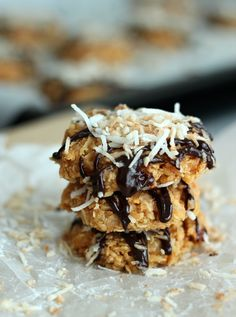 This no bake version of the Girl Scout Samoa cookie is delicious and easy to make! (Bake Goods Cookies)