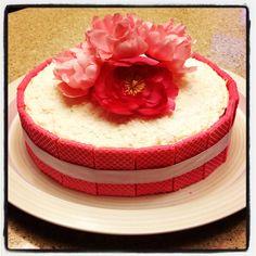 Flower detailed cake