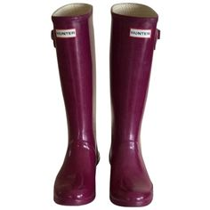Pre-owned Hunter Wide Calf Purple Boots ($101) ❤ liked on Polyvore featuring shoes, boots, purple, shiny boots, wellies boots, purple rain boots, wellington boots and rain boots