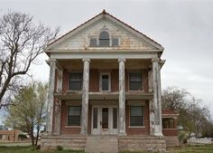 Zillow Old Mansions for Sale - Real Estate Photos of Historic Homes - Good Housekeeping
