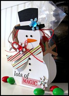 Another adorable snowman treat box