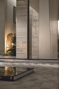 Mirrored Wardrobe Doors, Sliding Door Wardrobe Designs, Sliding Door Design, Sliding Doors, Wardrobe Interior Design, Wardrobe Design Bedroom, Wardrobe Laminate Design, Cream Bedroom Furniture, Dressing Room Design