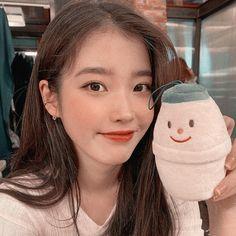 Kpop Aesthetic, Aesthetic Photo, Korean Celebrities, Celebs, Korean Girl, Asian Girl, Witcher Wallpaper, Emo Anime Girl, Shot Hair Styles