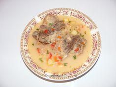 Ciorba din oase de porc Supe, Cheeseburger Chowder, Recipes, Pork, Ripped Recipes, Cooking Recipes, Medical Prescription