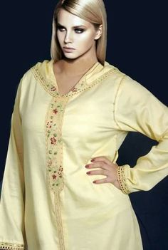 Jaune Caftan Gallery, Love Couture, Elie Saab Couture, Moroccan Caftan, Dress Cuts, Hijab Fashion, Kurti, Tunic Tops, Glamour