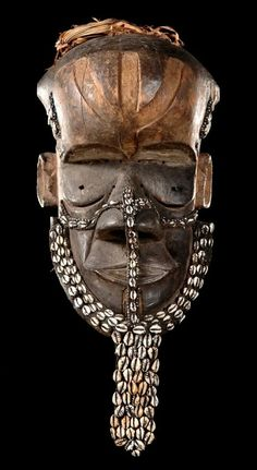 """Africa Helmet mask """"bwoom"""" from the Kuba people of DR Congo Wood with black patina, remains of pigments, cowrie shells and glass beads ca. Art Tribal, African Sculptures, Art Populaire, Art Premier, Congo, Art Africain, Art Sculpture, Masks Art, African Diaspora"""